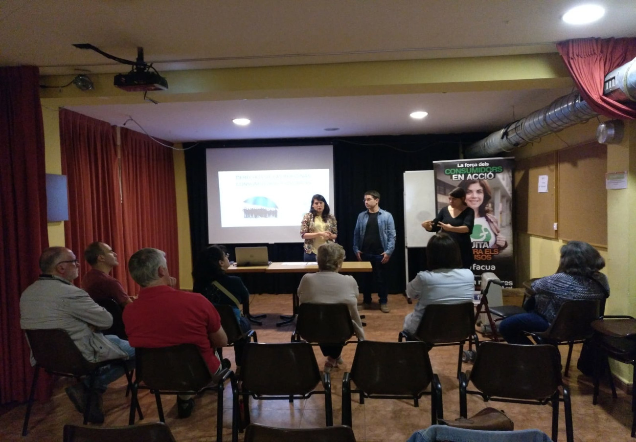 FACUA Catalunya imparte una ponencia para personas sordas sobre los derechos de los consumidores en Girona