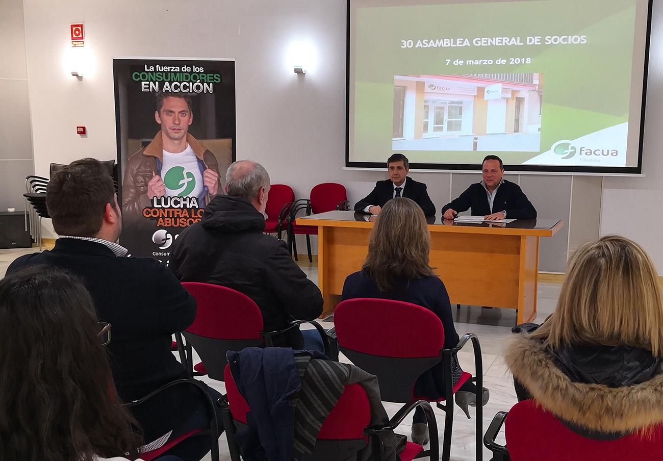 Asamblea General de Socios de FACUA Córdoba en 2018.