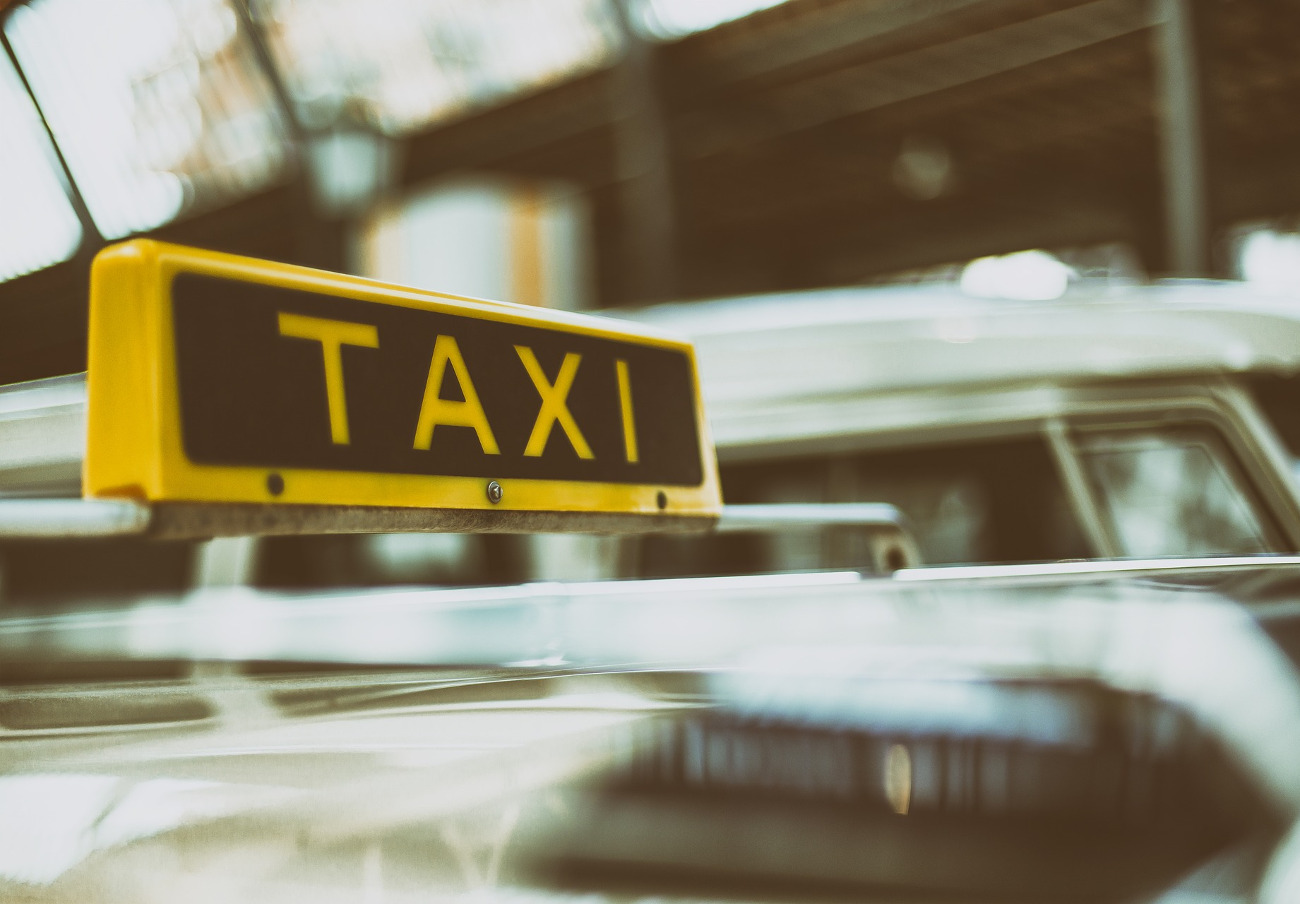 Tarragona, Vitoria y San Sebastián son las ciudades más caras para coger un taxi de las 52 analizadas por FACUA