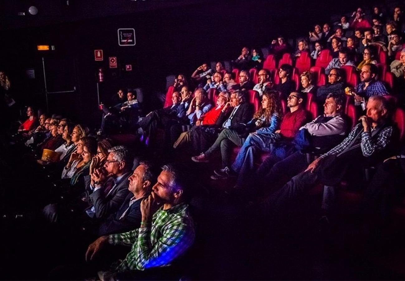 7 de cada 10 cines analizados por FACUA no han repercutido la bajada del IVA al precio de la entrada