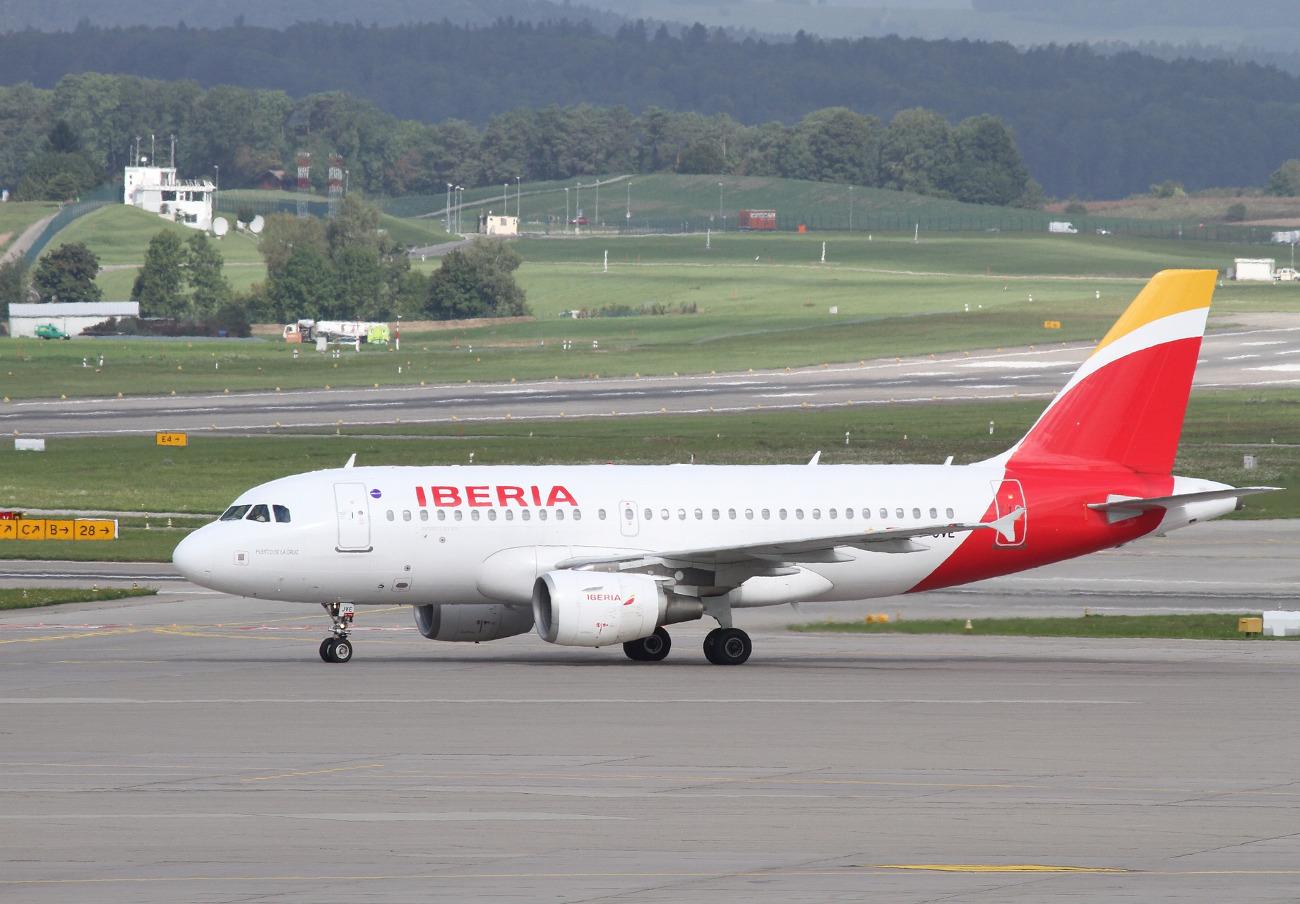 Baleares sanciona con 448.000 euros a Iberia por aplicar una cláusula que cancela los vuelos de usuarios