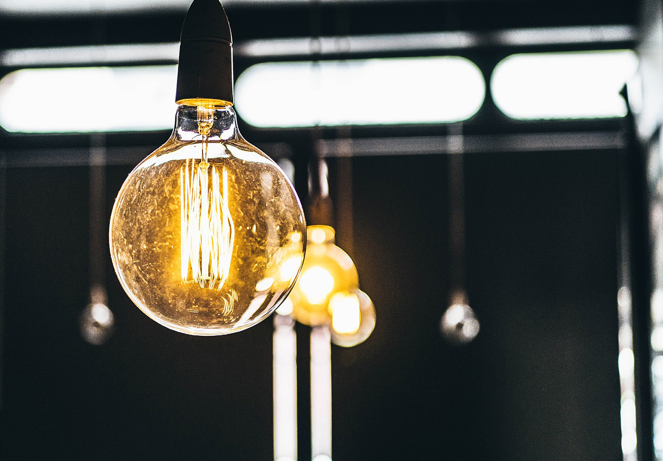 ¿Sabes qué requisitos debes cumplir para ser beneficiario del bono social en tu factura de la luz?