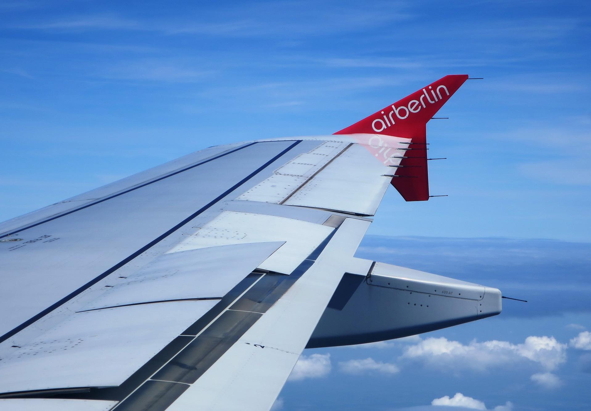 Sancionan a Air Berlín por su 902 para la atención a los usuarios, tras la denuncia de FACUA