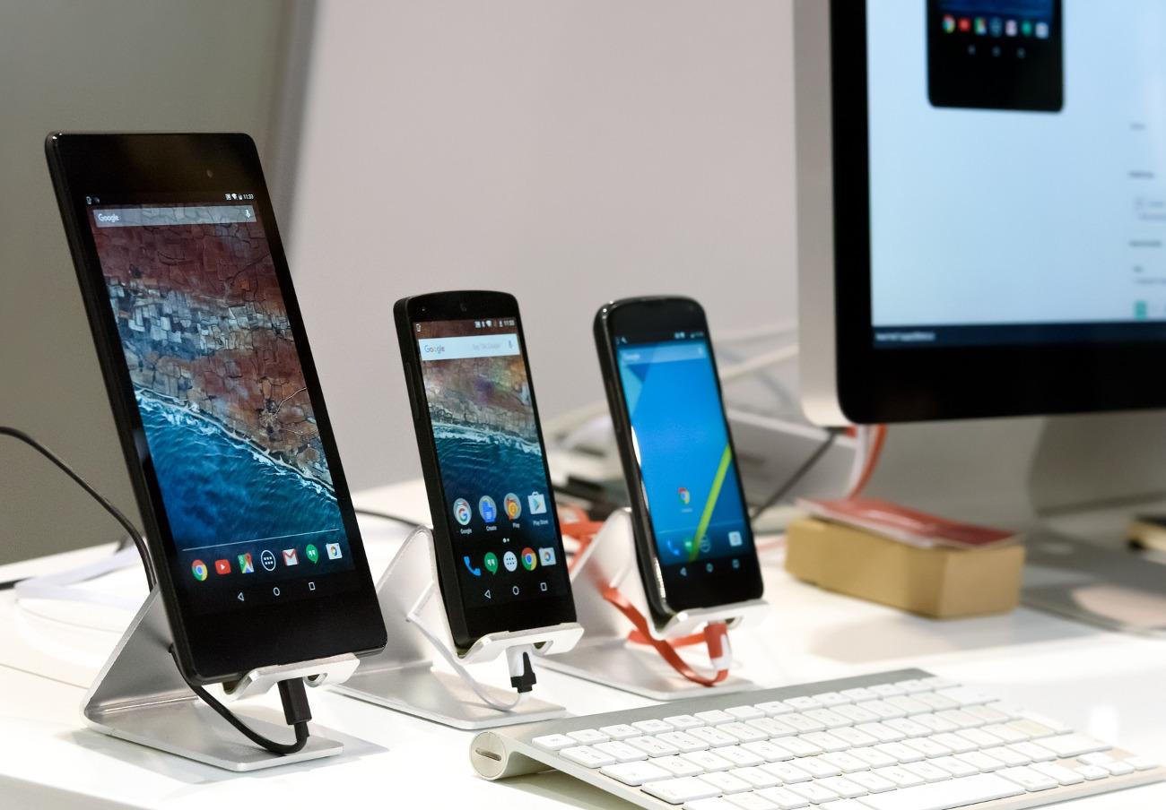 FACUA denuncia ante la AEPD a una de las franquiciadas de Xiaomi por exponer datos de los usuarios