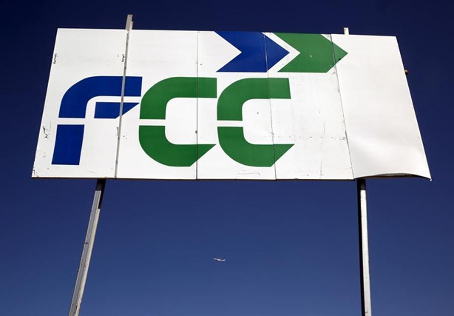 FCC vende el 49% de Aqualia al fondo australiano IFM por 1.024 millones de euros