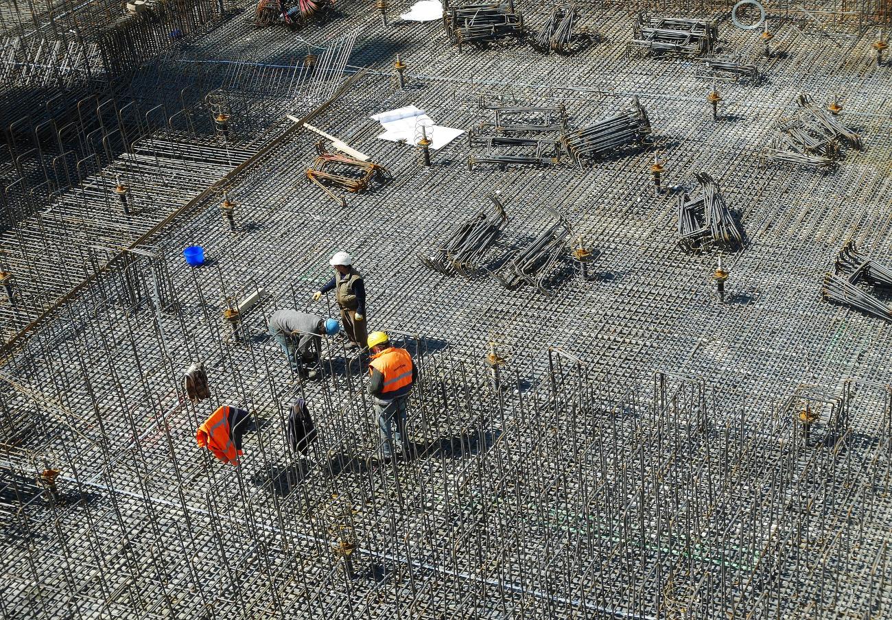 Competencia expedienta a siete grandes constructoras por repartirse obras públicas