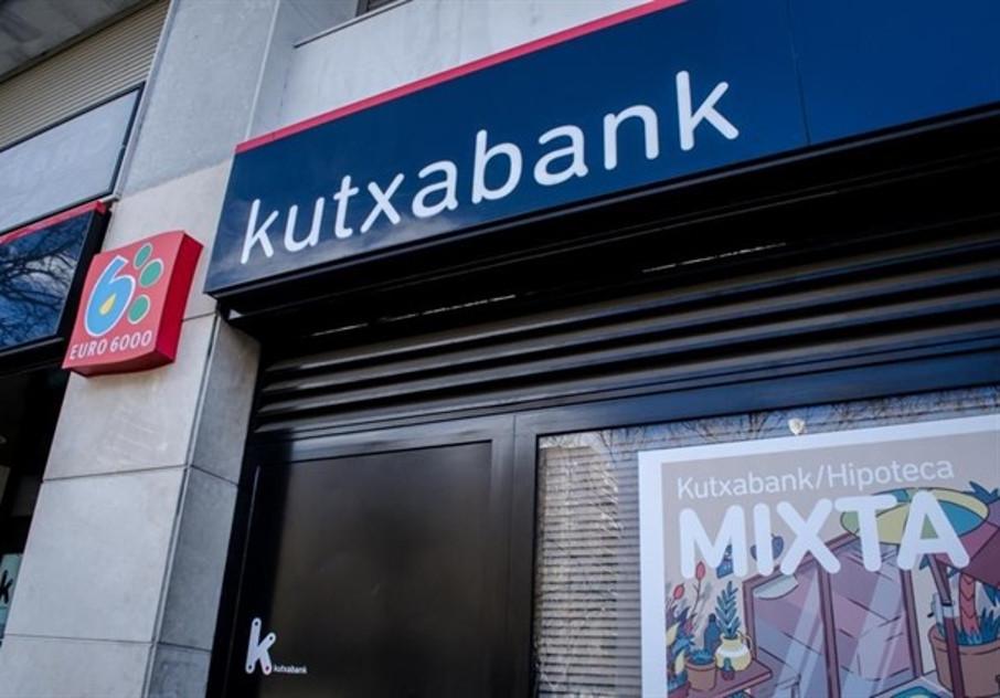 La Audiencia de Álava ratifica la condena a Kutxabank por cobrar por ingresos en cuentas de terceros