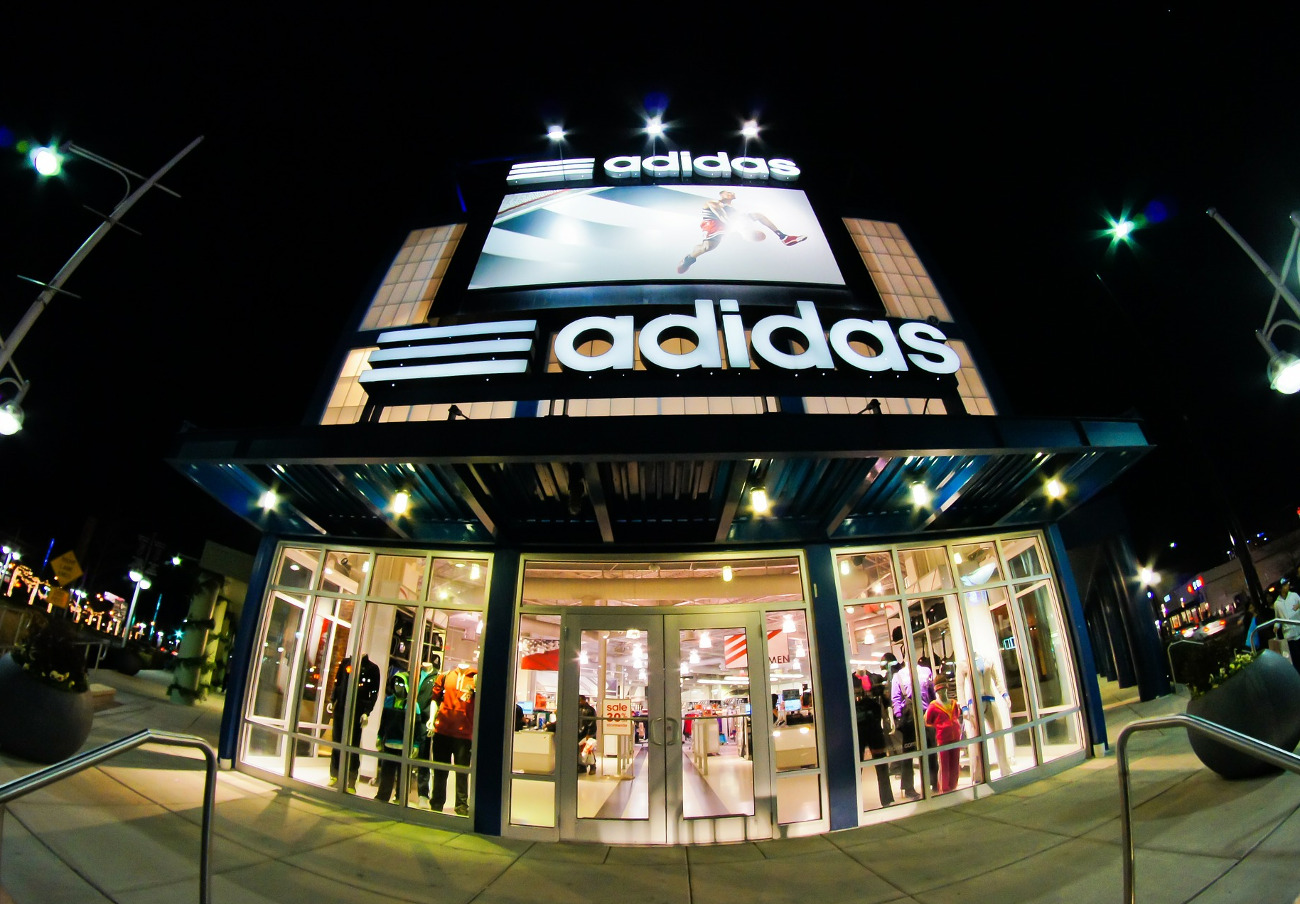 La CNMC obre expedient a Adidas Espanya per la possible prohibició de la venda online a franquiciats