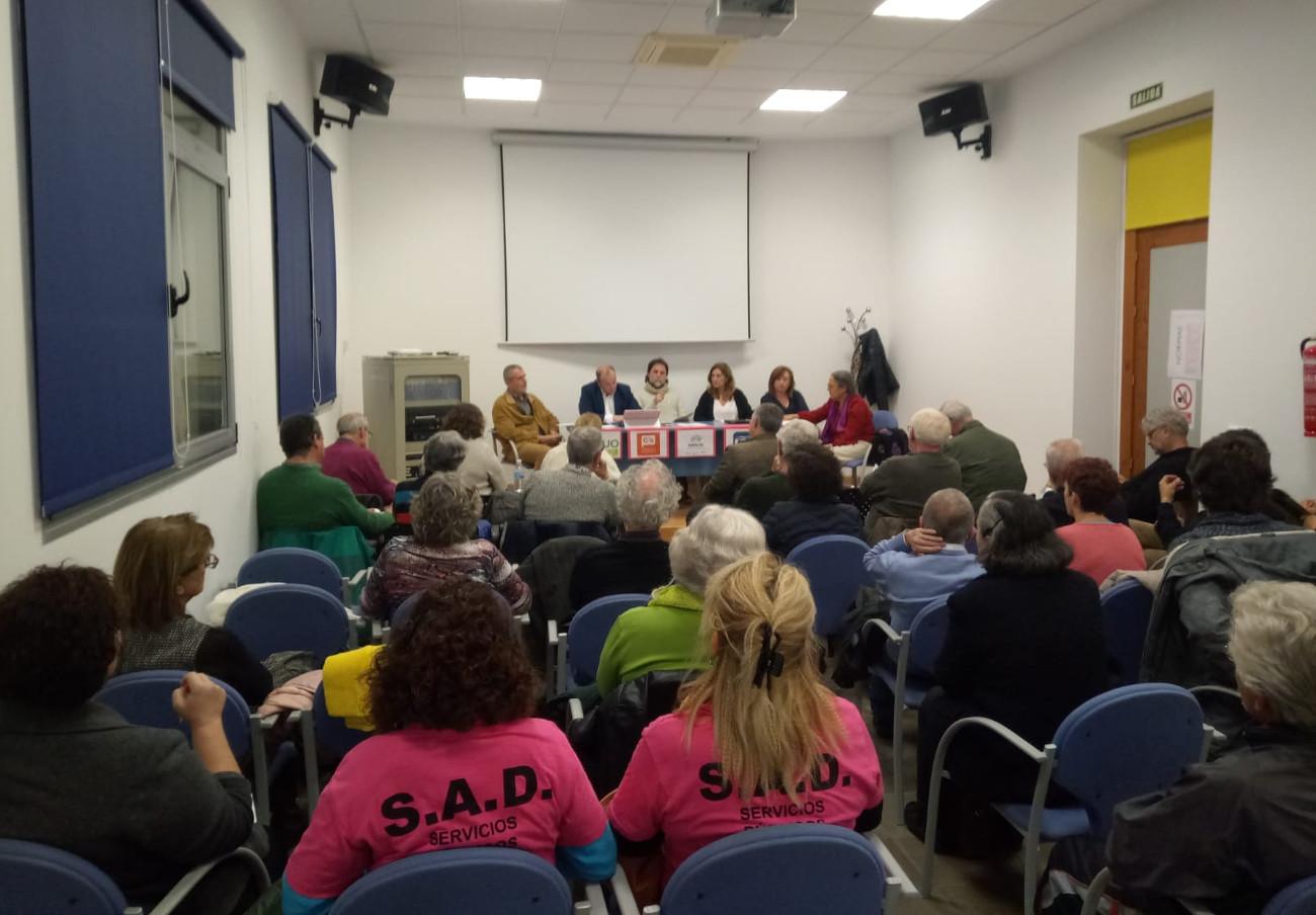 Marea Blanca en Sevilla mantiene un encuentro con los principales partidos políticos sobre la mejora de la sanidad pública
