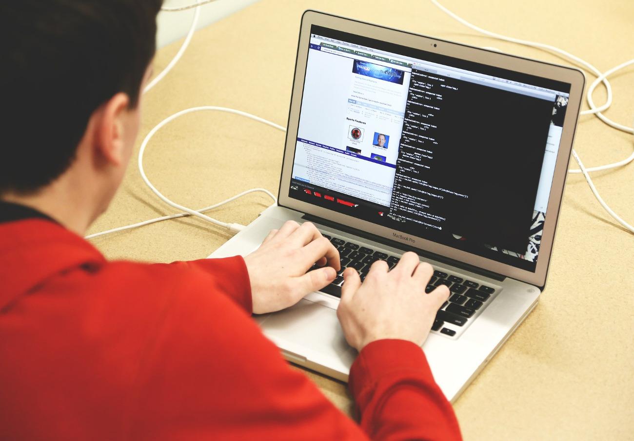 Una campaña de emails fraudulentos amenaza a usuarios con la difusión de un supuesto vídeo íntimo