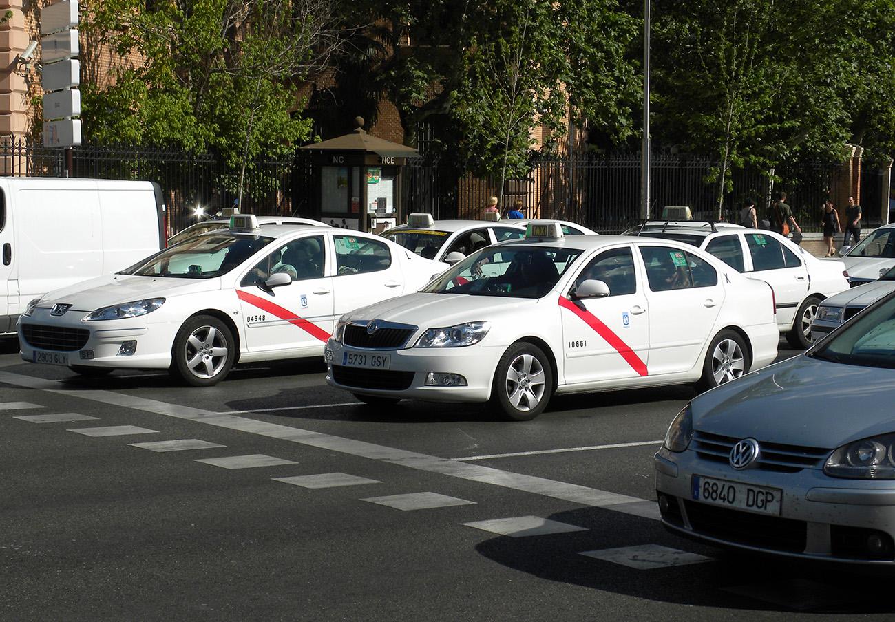 FACUA Madrid critica que la Comunidad no obligue a los taxis a facilitar tique y terminal TPV