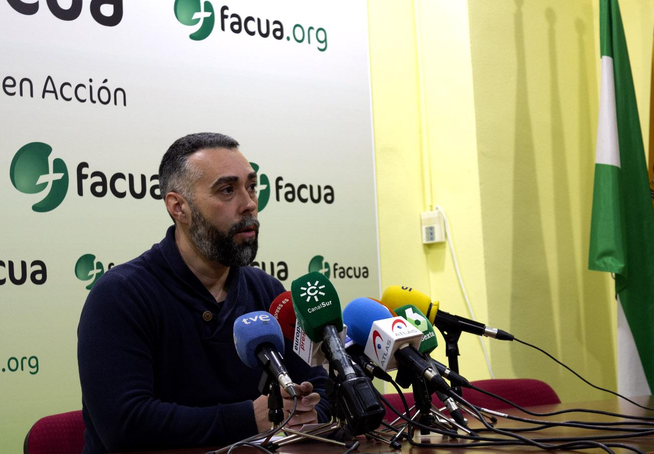 Rubén Sánchez, portavoz de FACUA-Consumidores en Acción, en un momento de la rueda de prensa de presentación del estudio. | Imagen: FACUA