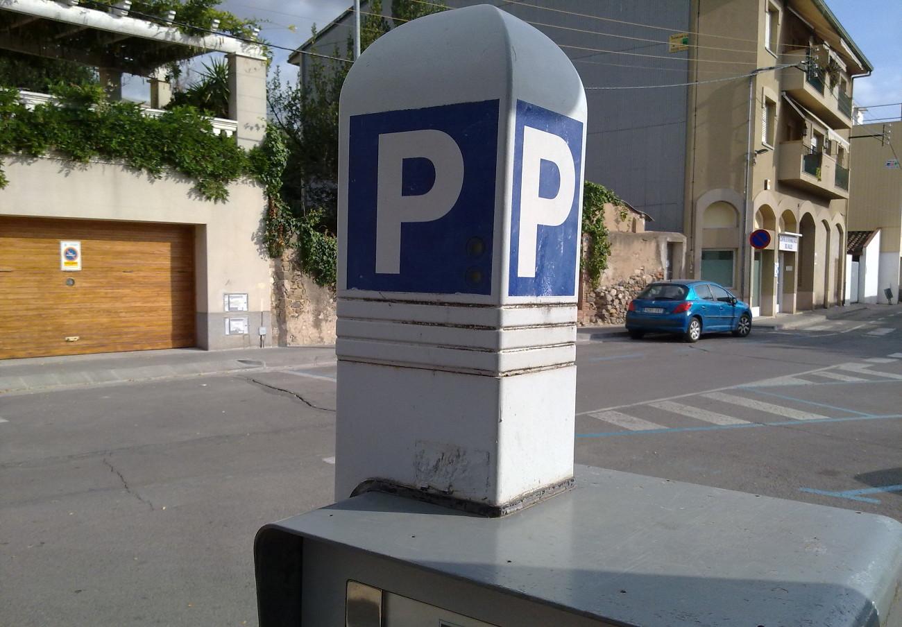 Madrid anula una multa a un socio de FACUA: la app de Telpark lo ubicó en una zona azul donde no estaba