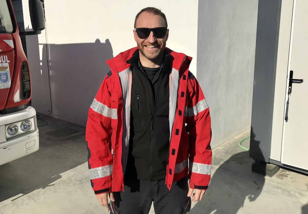 Tras negarse a reparar una ventana, SegurCaixa acaba devolviendo 2.500 euros a un socio de FACUA