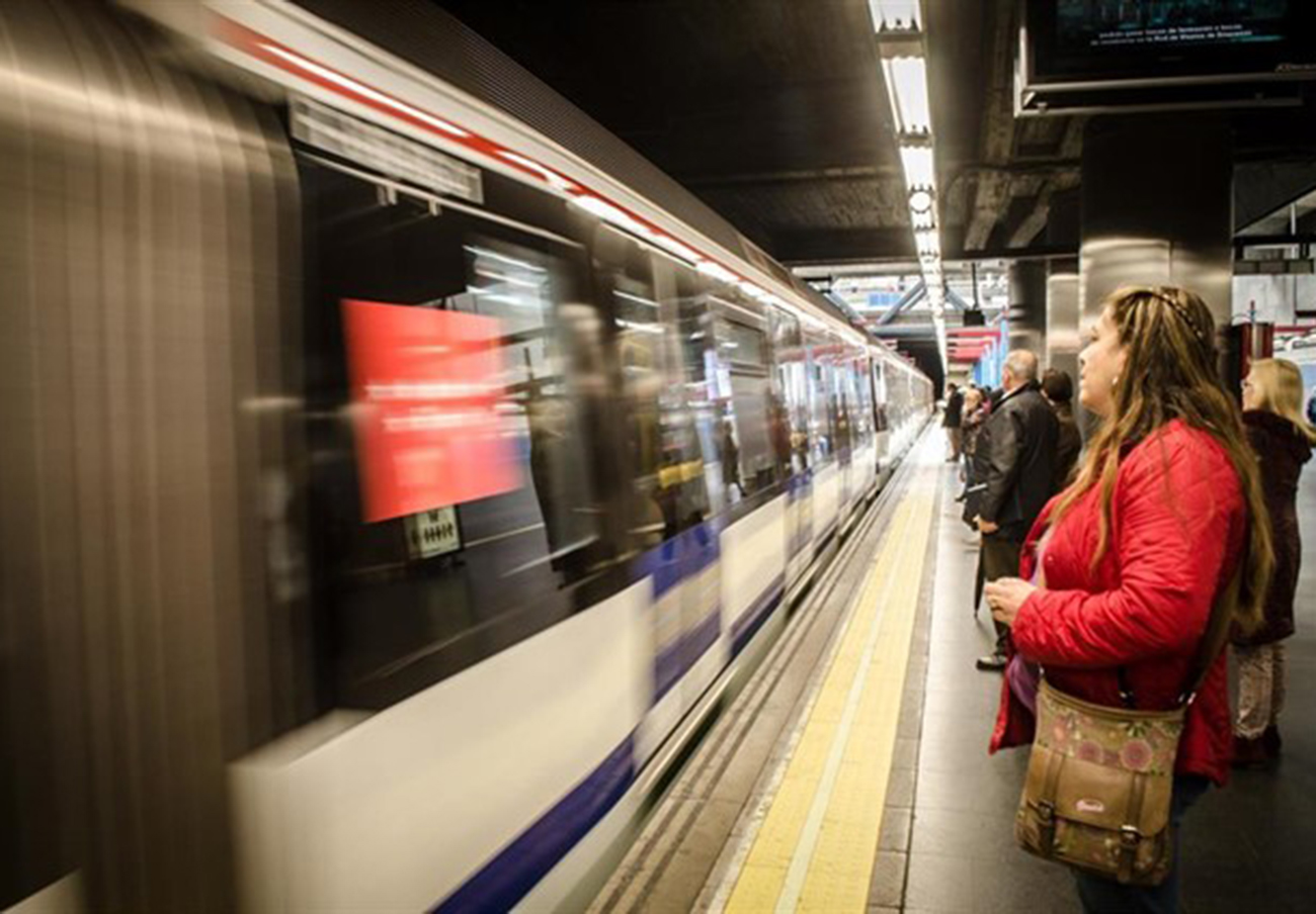 FACUA Madrid pide una auditoría de los niveles de ocupación del Metro y sanciones si hay sobreocupación