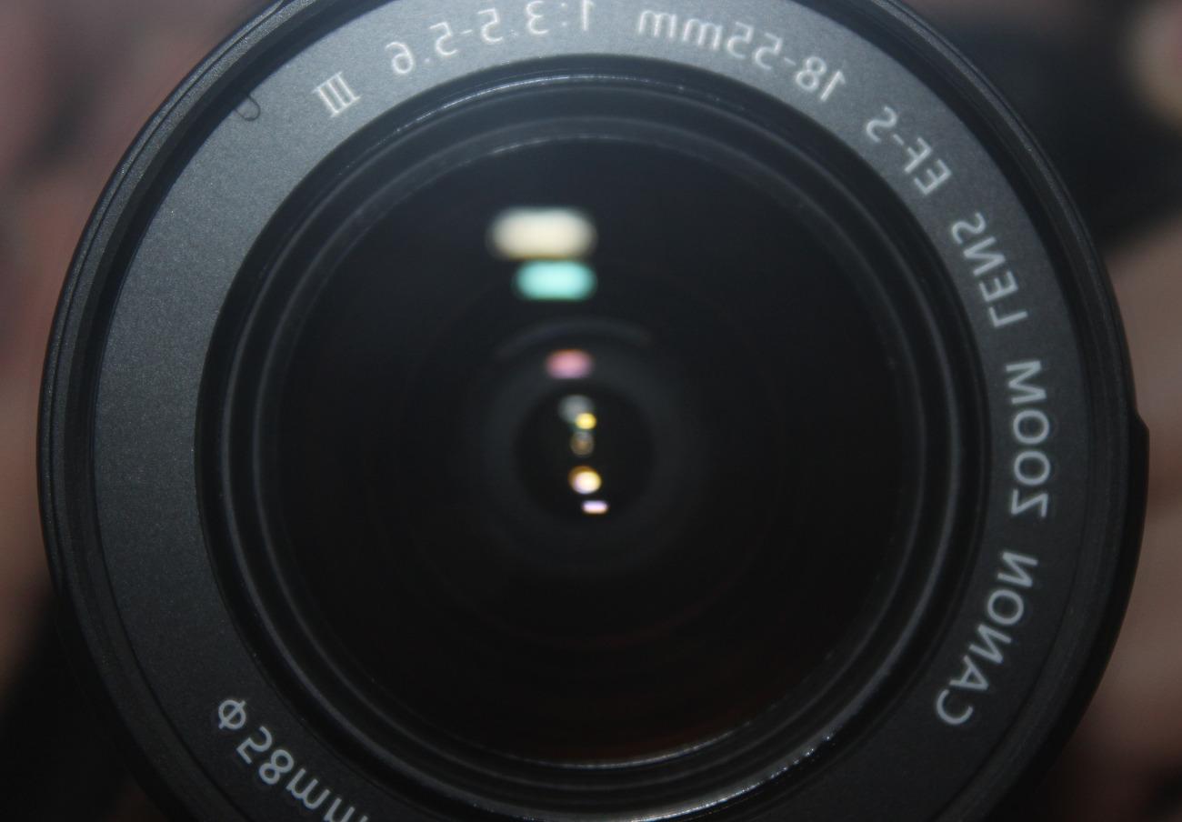 El Constitucional sentencia que el uso de cámara oculta en reportajes periodísticos invade la intimidad