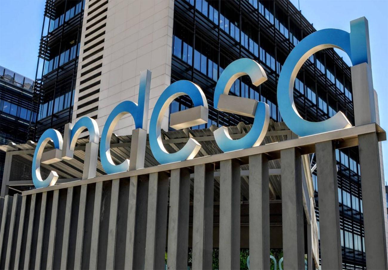 Multa a Endesa de 300.000 euros por pasar contratos del mercado regulado al libre sin consentimiento