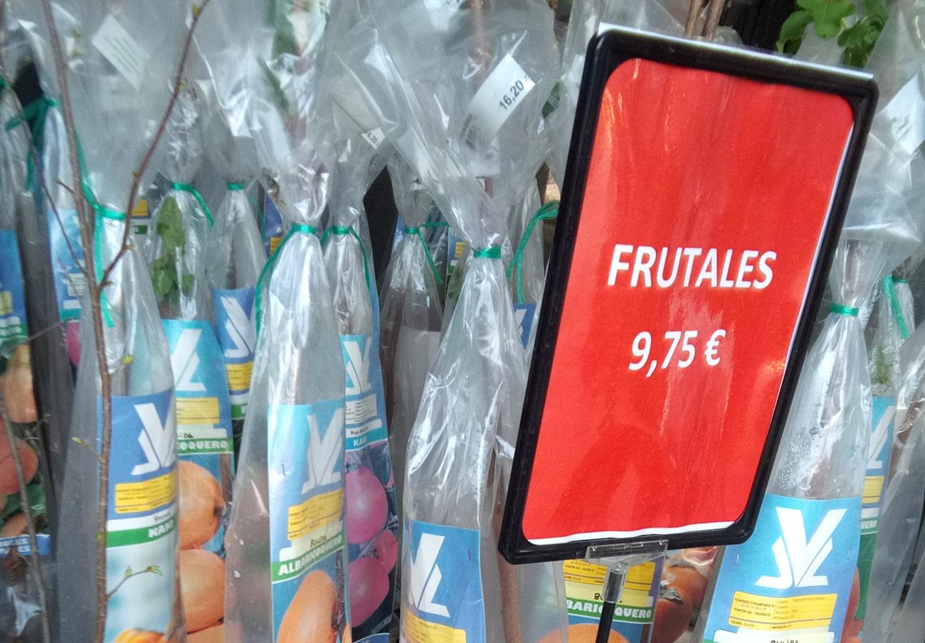 La empresa navarra Jardinería Arvena, denunciada por vender productos a un precio superior al publicitado