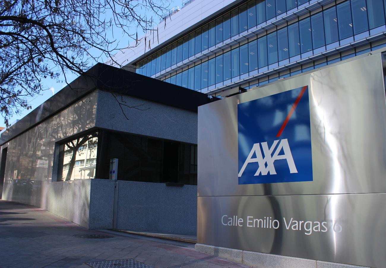 AXA tarda casi 5 años en abonar 2.900 euros a una socia de FACUA Sevilla por la reparación de humedades