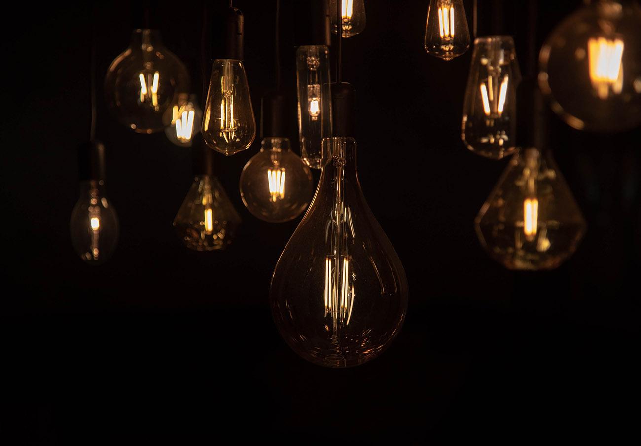 FACUA denuncia a Endesa y Naturgy ante la Fiscalía por alterar fraudulentamente el precio de la luz