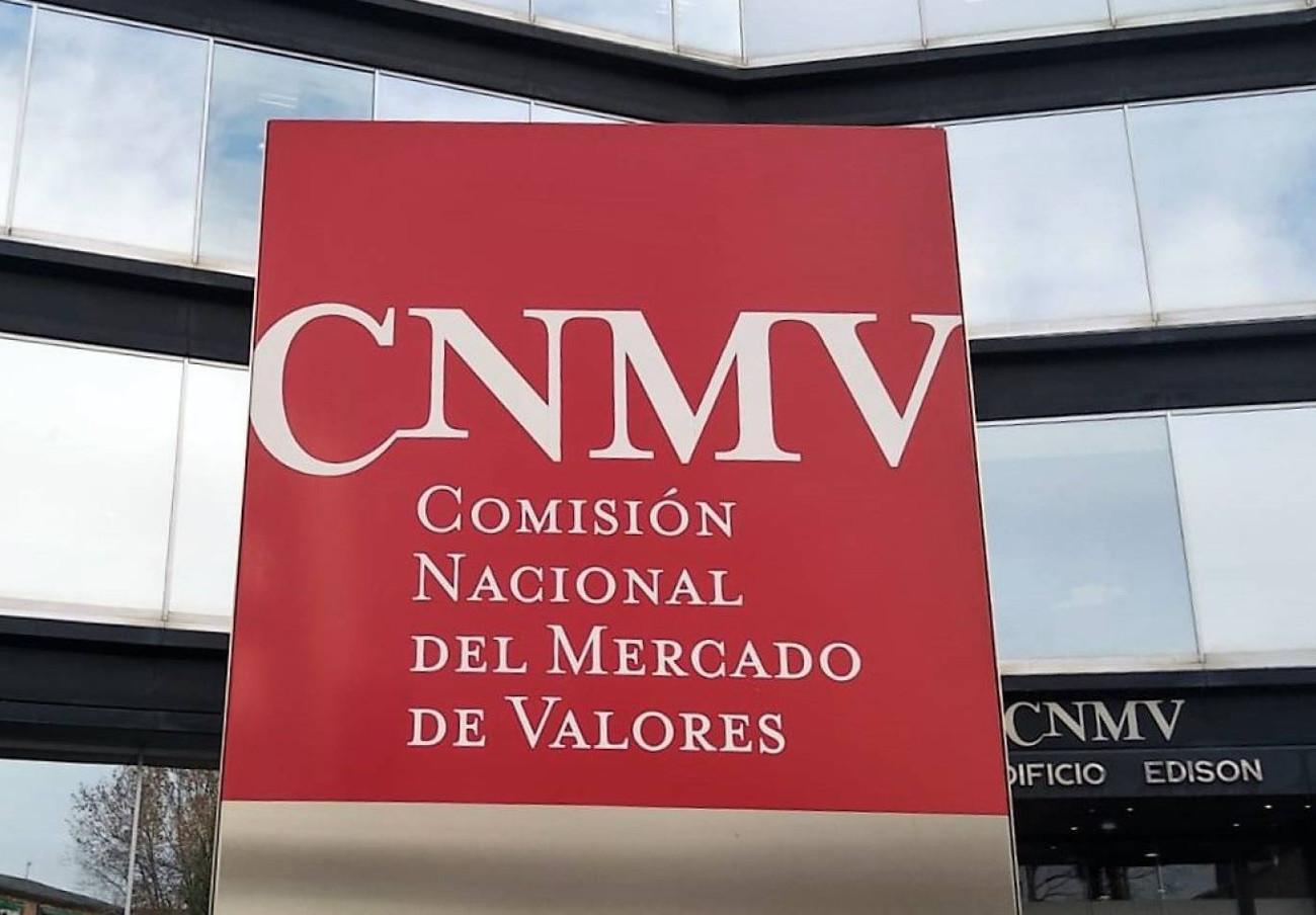 La CNMV advierte sobre cinco nuevos 'chiringuitos financieros'