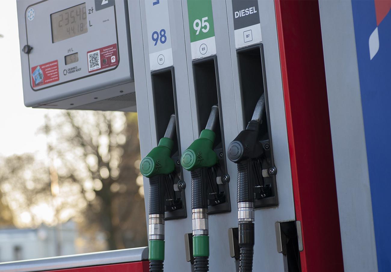 Los precios del gasóleo y de la gasolina vuelven a repuntar esta semana y se asoman a máximos anuales