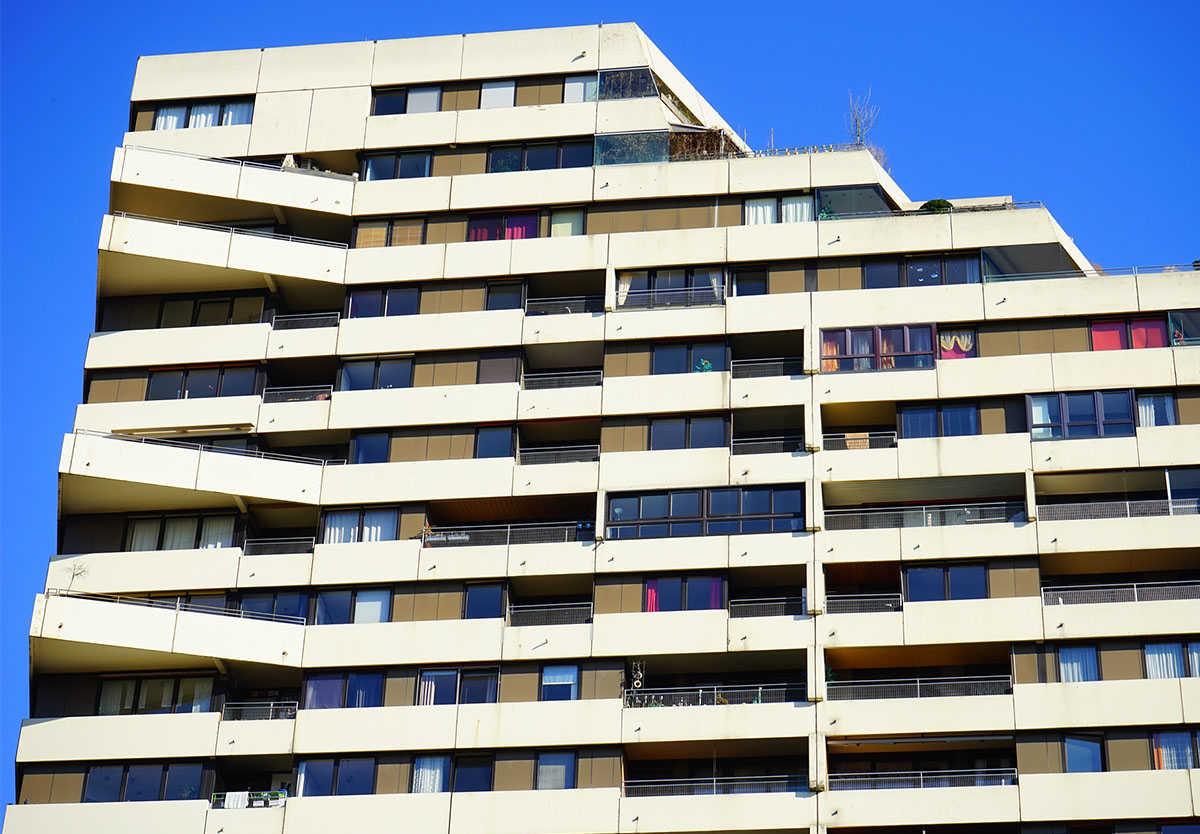 Cinco detenidos por estafar a 18 personas anunciando pisos que no eran suyos en webs de alquiler