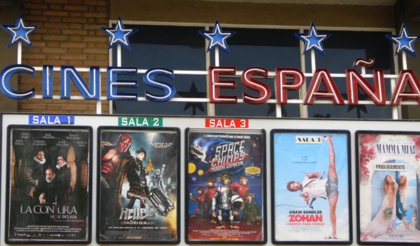 Extremadura desestima el recurso de un cine de Badajoz multado por no dejar entrar con comida y bebida