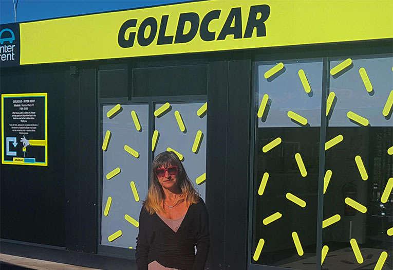 Ojo al alquilar un coche: Goldcar devuelve 50 euros de una penalización indebida por no llenar el tanque