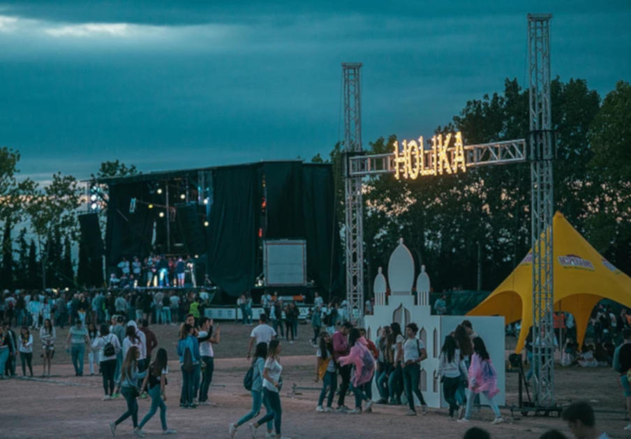 FACUA pide una sanción para el Holika Festival de Navarra por impedir el acceso con comida y bebida