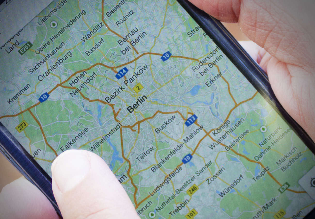 FACUA logra que una teleco indemnice con 92 euros a una usuaria por dejarla incomunicada en Berlín