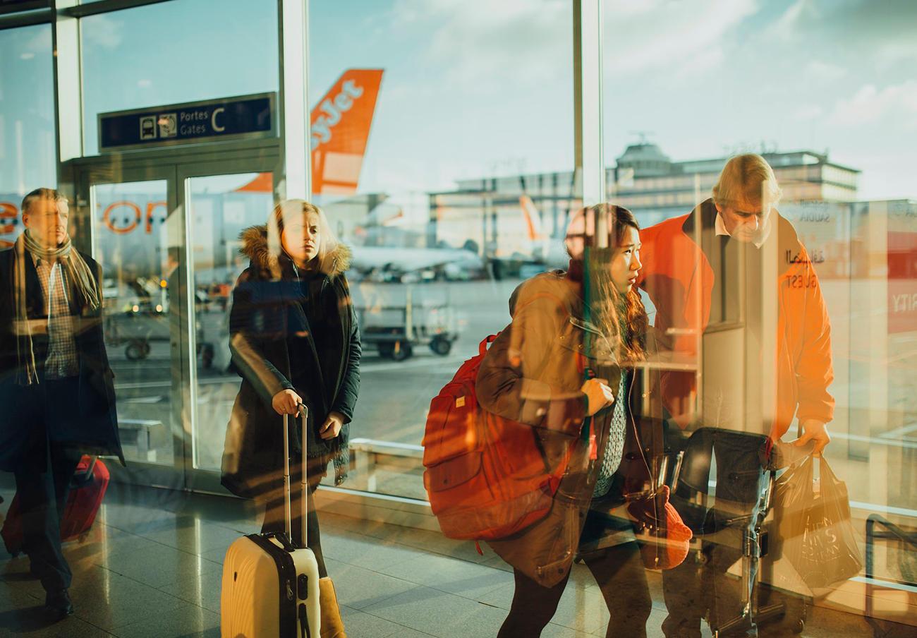 FACUA advierte de que las aerolíneas deben abonar hasta 1.353 euros a los usuarios si pierden su maleta