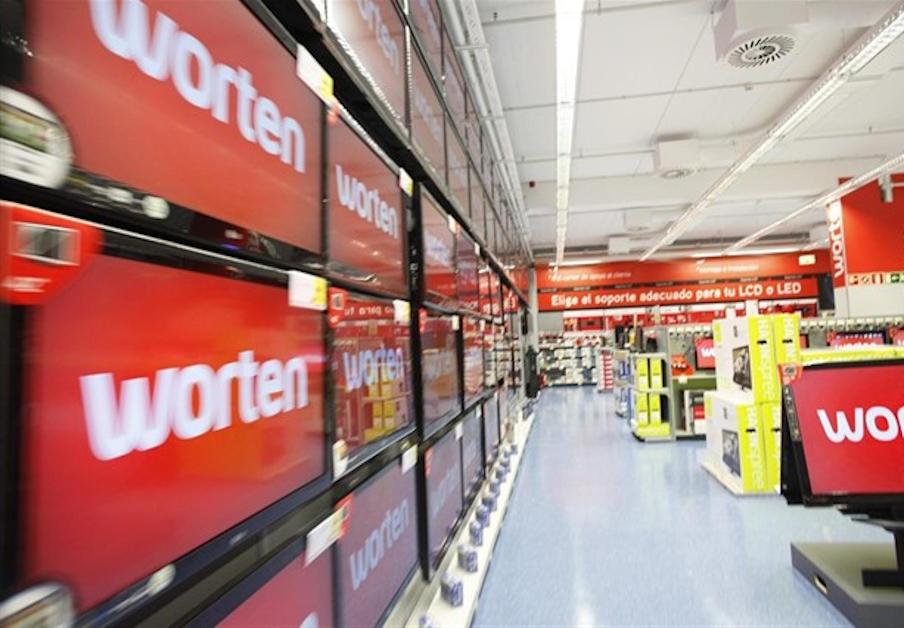 Worten tarda casi cuatro años en retirar un frigorífico defectuoso de la vivienda de una usuaria