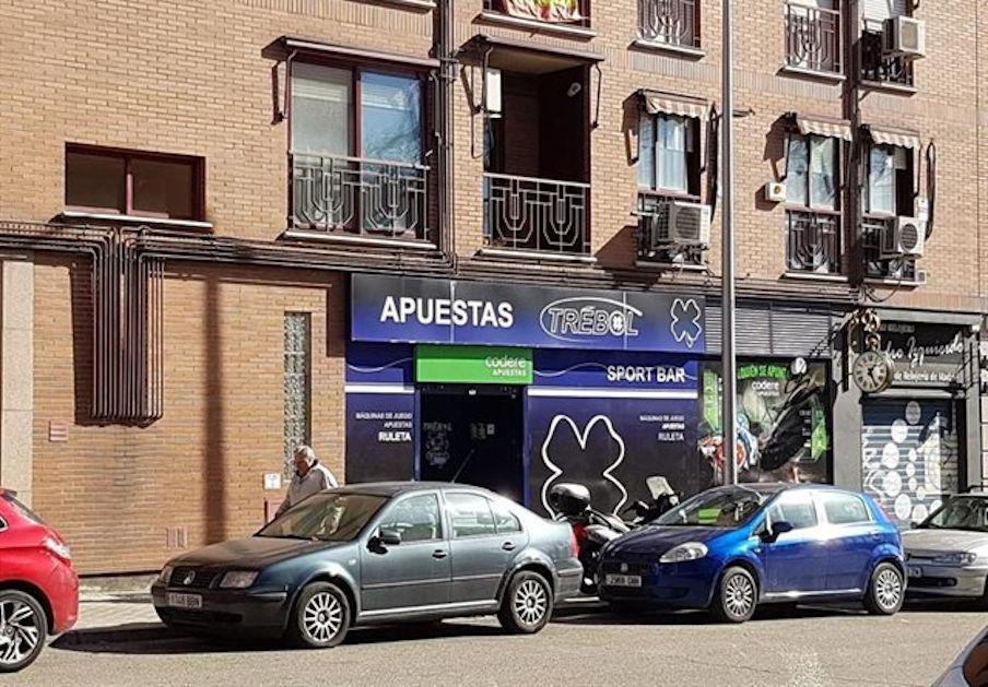 La Policia denúncia a 220 sales d'apostes de tota Espanya