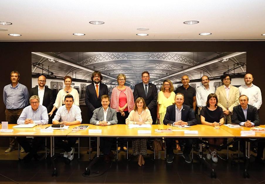FACUA Catalunya es reuneix amb representants del Consell de Responsabilitat Social d'FGC