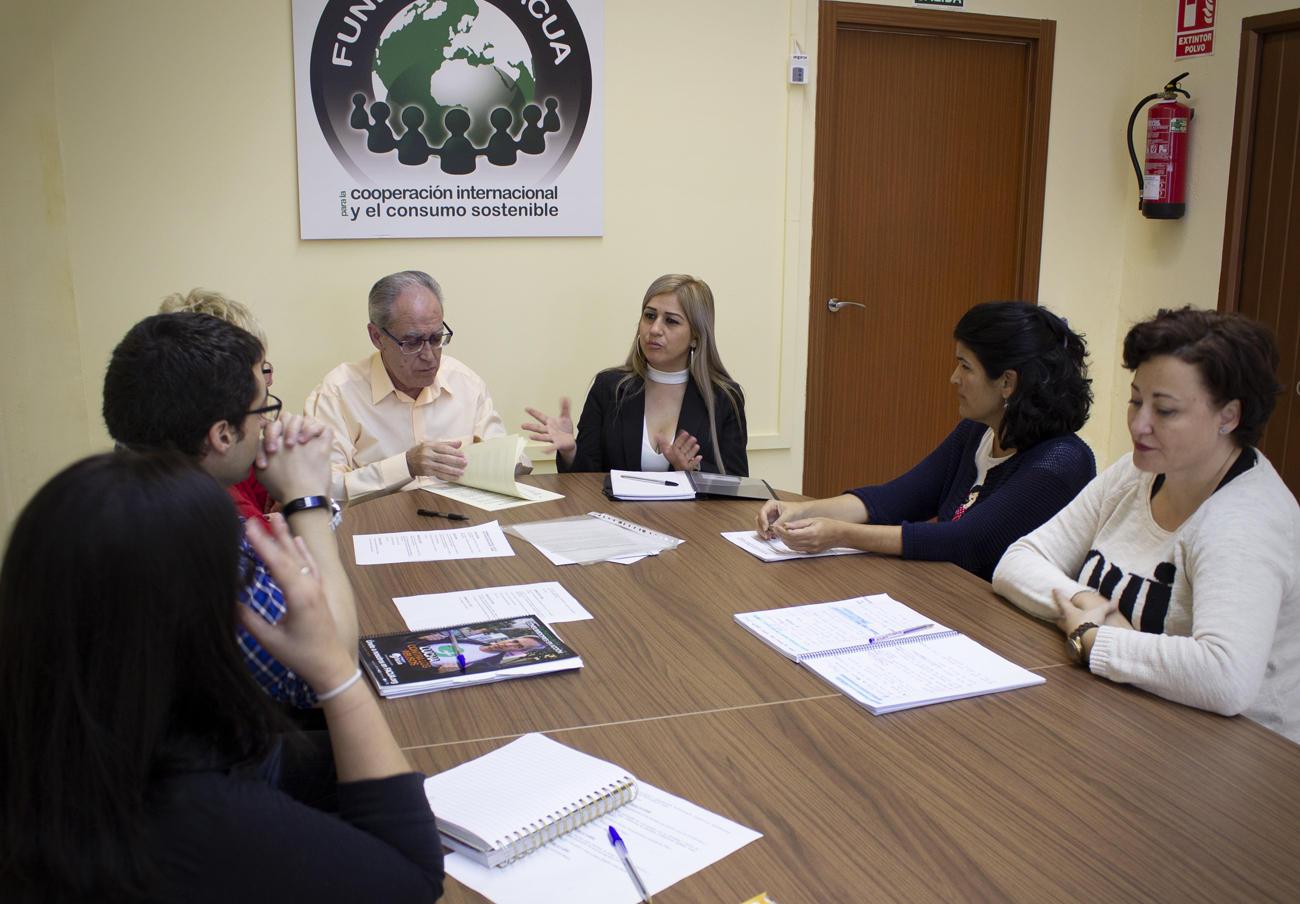 FACUA y su Fundación reciben a una representante de las asociaciones panameñas Ipadecu y Uncurepa
