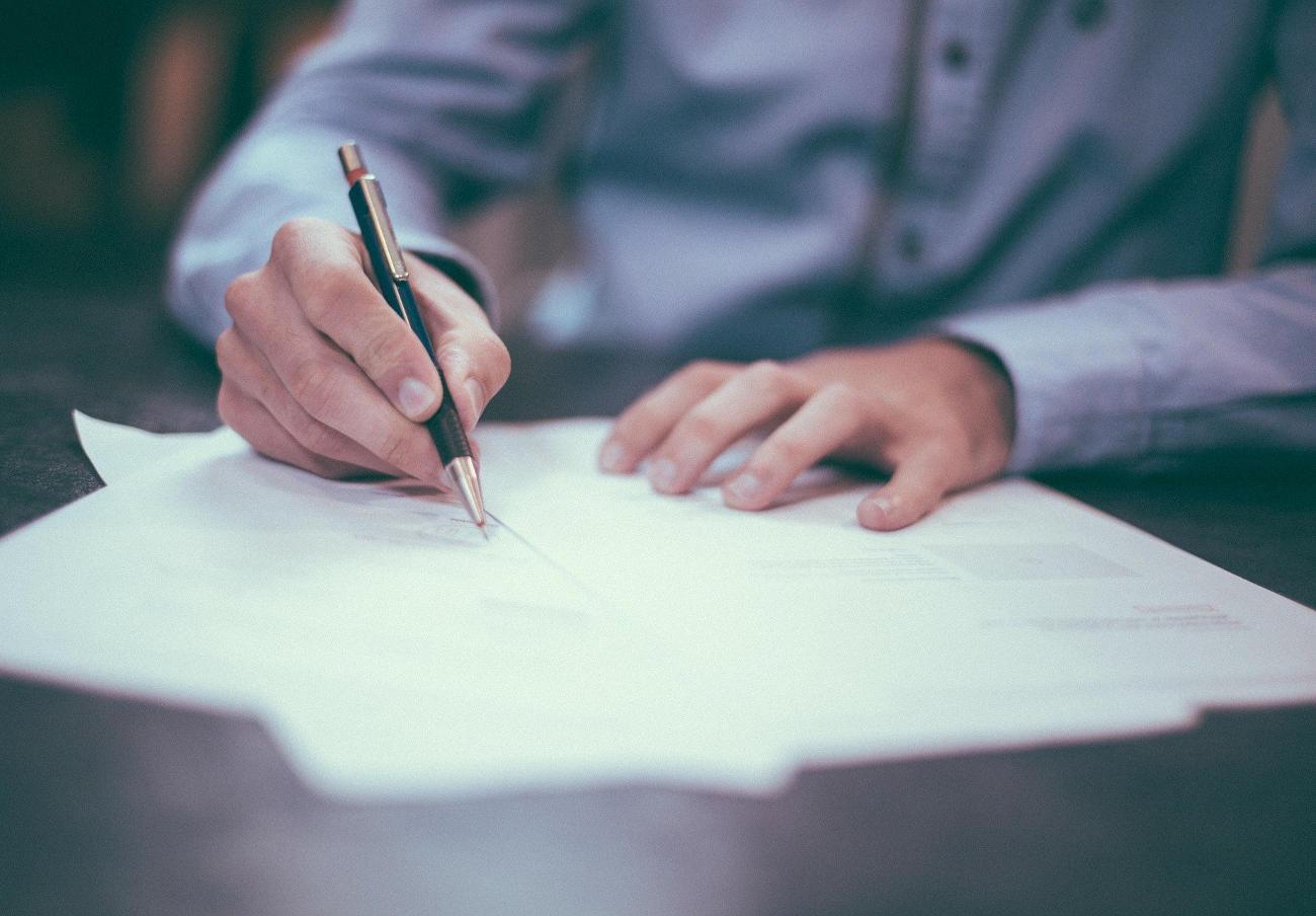 La Cátedra de Derecho de Consumo UPO-Fundación FACUA organiza un congreso sobre contratos de servicios