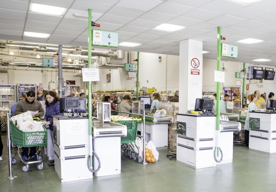 FACUA Sevilla reclama al Ayuntamiento que dé detalles de los productos de Sola Ricca retirados
