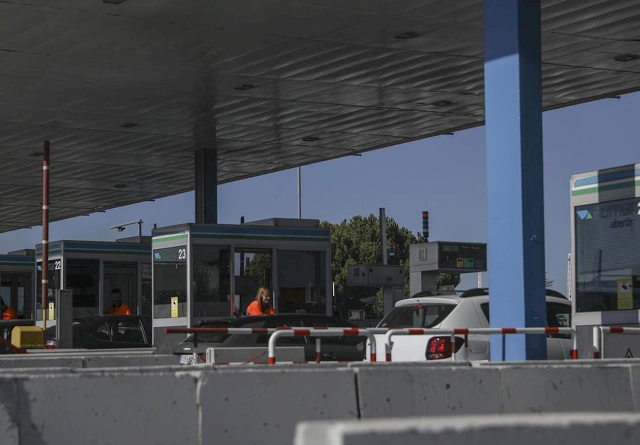 Las autopistas AP7 Tarragona-Alicante y AP4 Sevilla-Cadiz dejan de cobrar peaje desde el 1 de enero