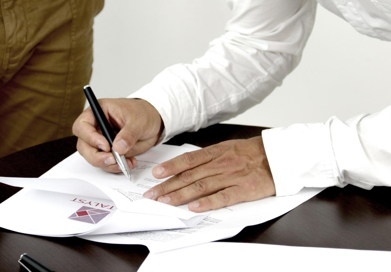 La Junta de Extremadura modifica la ley de consumo para evitar el recurso ante el TC del Estado