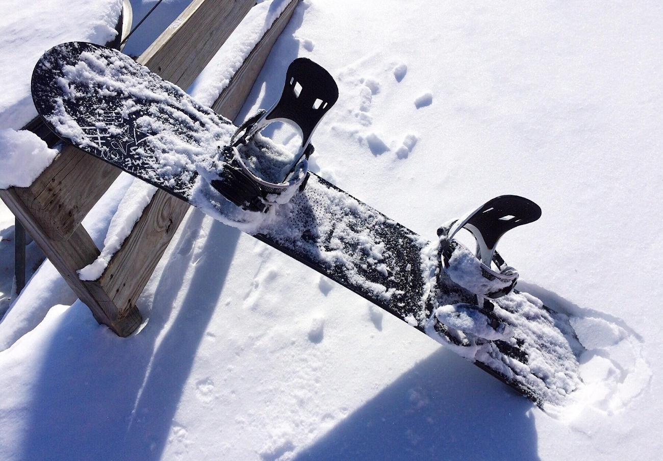 FACUA alerta de la posible rotura de las fijaciones de snowboard marca Wedze de Decathlon