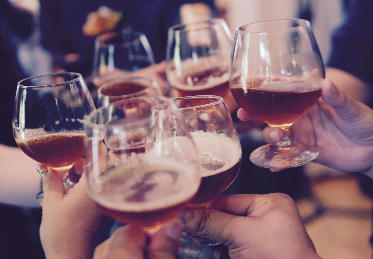 El bar de copas que impidió la entrada a 5 jóvenes chinos puede ser clausurado durante al menos un mes