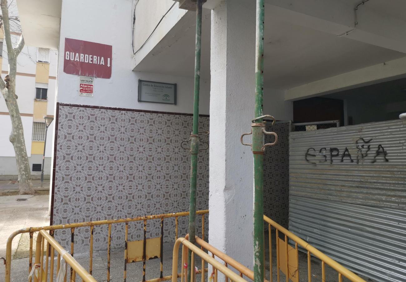 """Una guardería sigue abierta en el edificio del que la Junta quiere desalojar a FACUA Cádiz """"por obras"""""""