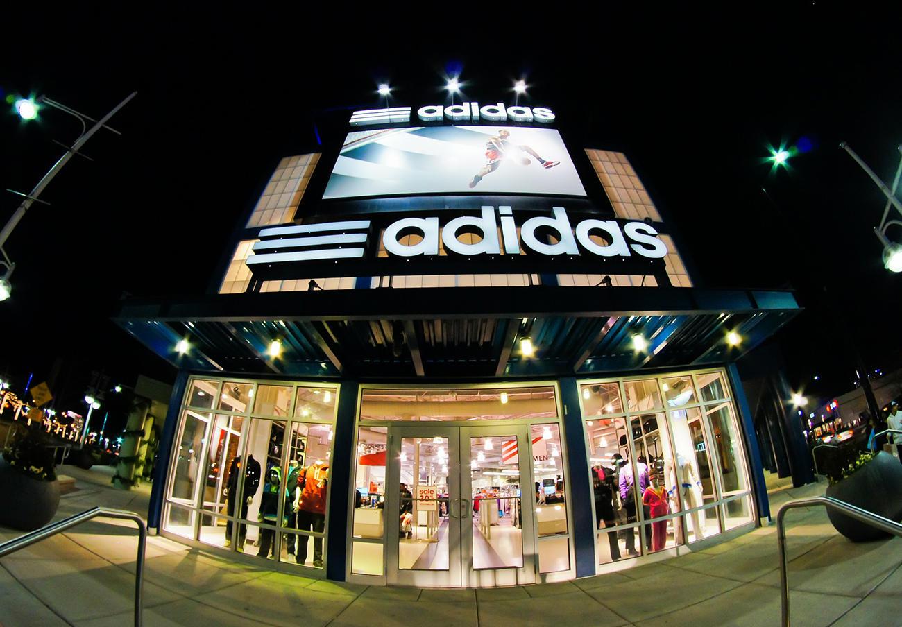 Adidas pacta con la CNMC el archivo de su expediente por prácticas anticompetitivas