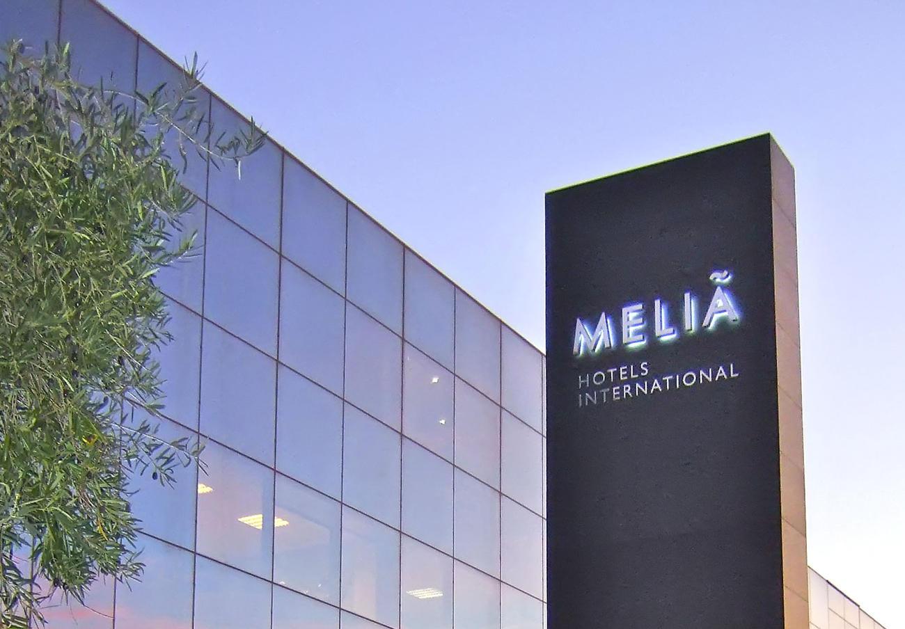 Bruselas multa con 6,7 millones a Meliá por cobrar precios distintos según el país del cliente