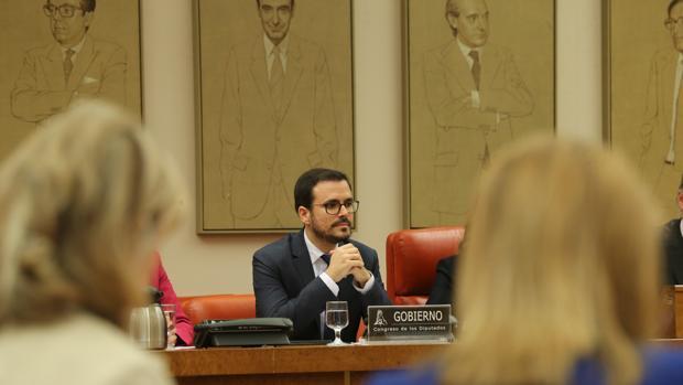 Reivindicación de FACUA: Garzón anuncia acciones judiciales contra empresas que cometan fraudes masivos