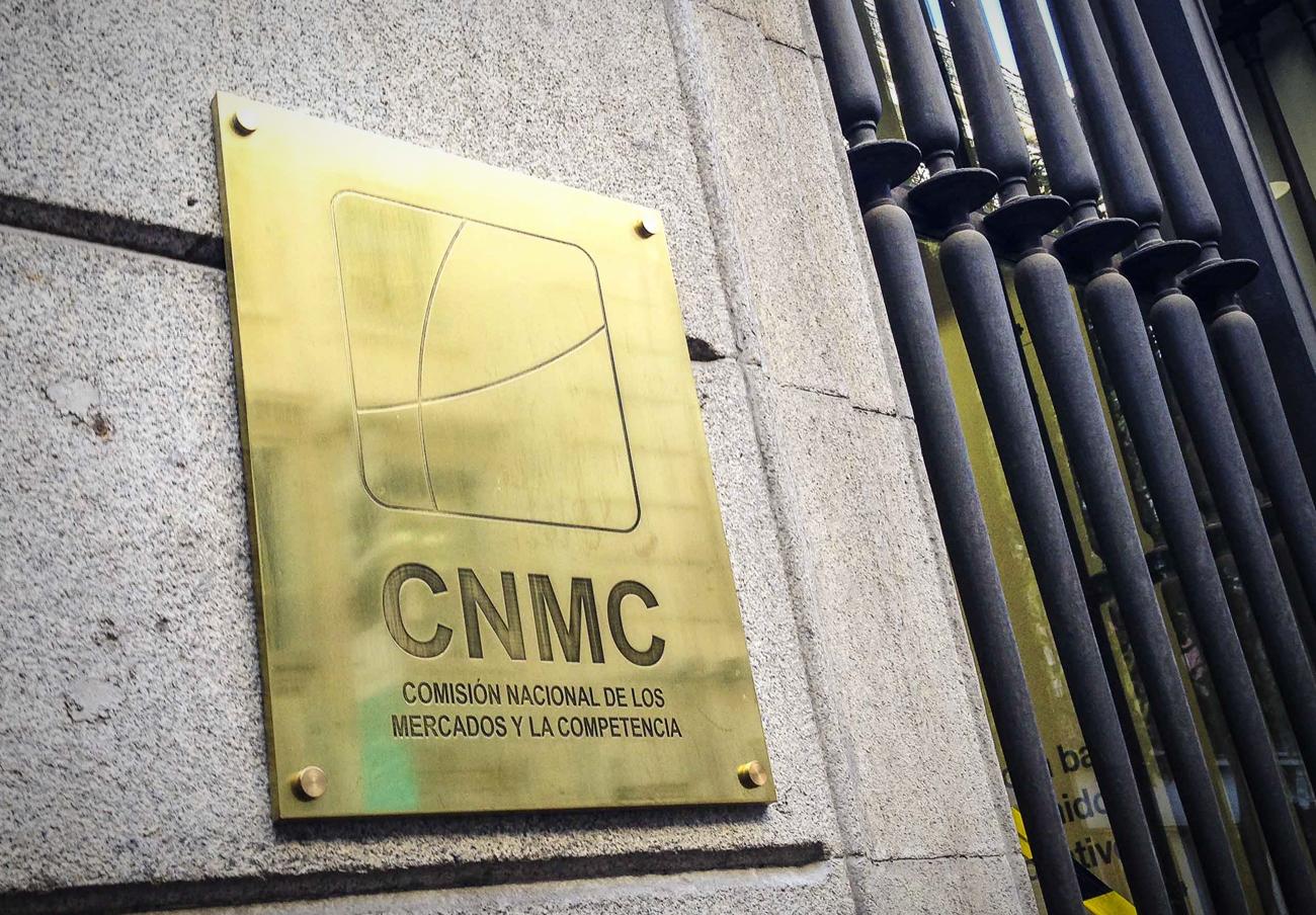 La CNMC insta a Libertad Digital para que retire un anuncio sobre un complemento alimenticio en EsRadio