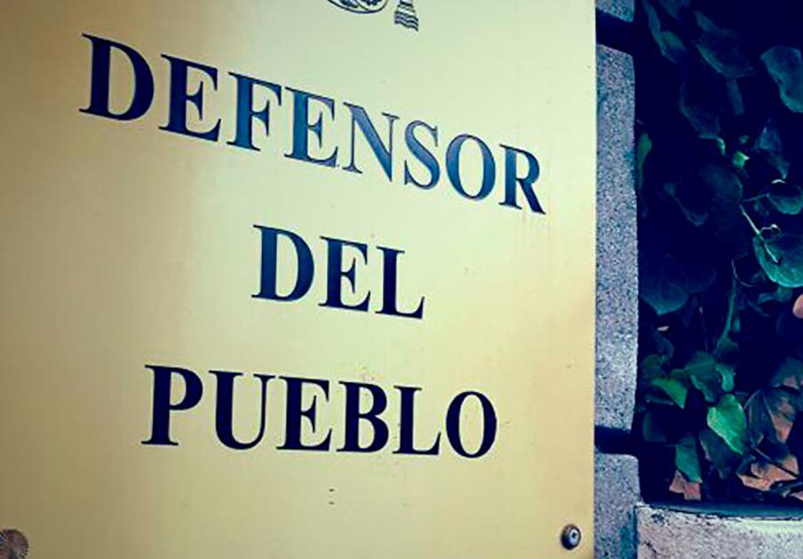 FACUA Andalucía y otros 80 colectivos piden al Defensor del Pueblo que recurra el Decretazo de la Junta