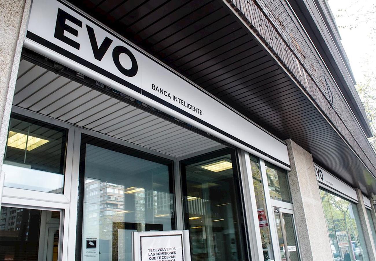 Evo Banco, condenada a devolver 2.600 euros a un usuario que pagó a una web falsa que simulaba ser Airbnb
