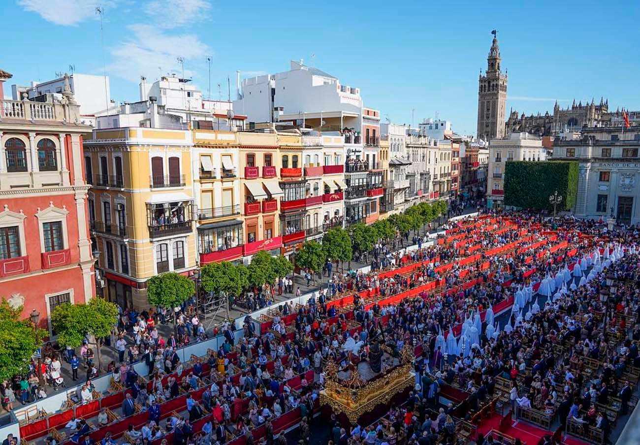 FACUA Sevilla crea una plataforma de afectados para exigir el dinero de los abonos de la Carrera Oficial